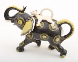 ARD-elephantteapot